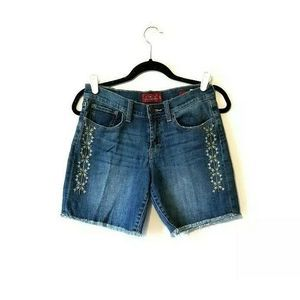 """Lucky Brand Shorts Embroidered Raw Hem """"Roll up"""""""